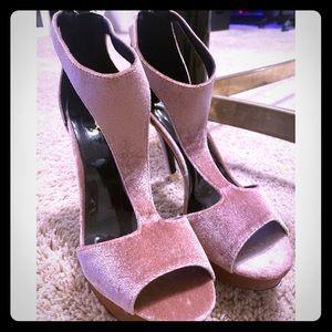 Charlotte Russe velvet blush heels 🎀